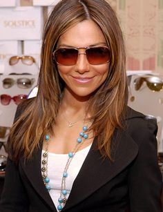 vanessa marcil - Google Search Marcel, Lob Hairstyles, Layered Hairstyles, Haircuts, Vanessa Marcil, Medium Layered Hair, Brown Hair With Highlights, Wedding Hair And Makeup, Celebs