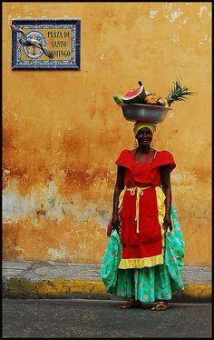 Fruit seller at Plaza de Santo Domingo, Cartagena, Colombia