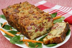 Αλμυρό κέικ με ζαμπόν και τυριά Cookbook Recipes, Sweets Recipes, Easter Recipes, Cooking Recipes, Appetizers For Party, Appetizer Recipes, Granola, Bulgarian Recipes, Bulgarian Food