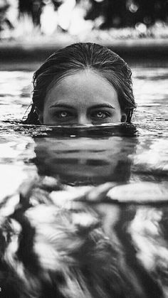 ideas for photography fashion water portraits Dark Photography, Underwater Photography, Photography Women, Black And White Photography, Portrait Photography, Travel Photography, Fashion Photography, Monochrome Photography, L'art Du Portrait
