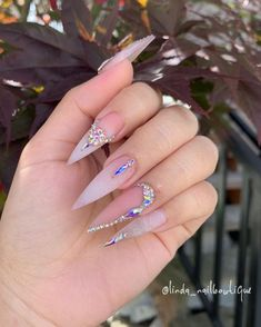 Nail Art Designs Always Wanted To Try Stiletto Nails,nail art,nail shapes,stiletto nails-weddingidea Ongles Bling Bling, Rhinestone Nails, Bling Nails, Swag Nails, Bling Nail Art, Rhinestone Nail Designs, Nail Crystal Designs, Diamante Nails, Glitter Nails