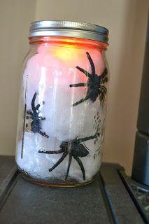 DIY: Jar full of spiders!