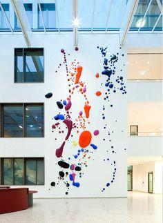 Peter Zimmermann – stains 309, 2010, 1400 x 700 cm, epoxy resin, Amtsgericht Düsseldorf