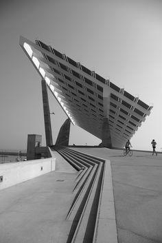 Esplanade & Solar Panels by José Antonio Martínez Lapeña & Elías Torres Architects, Barcelona waterfront