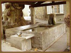 Barjols (Var) fontaines lavoir
