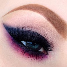Smokey winged purple eyeshadow #eye #eyes #makeup #eyeshadow #smokey #dramatic #dark