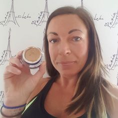 Product of the day.   When you need to go to the shop but can't be bothered to put your make up!out with the 3D corrector 10 seconds work and no need to scare anyone on the way! I love this cream it's been my saviour many of times!! It instantly perfects my skin tone  contains SPF 20 17.50 for 20ml or 29.50 for 50ml #Acti-Labs #USA #makeup #makeuplovers #makeupartist #skincare #antiageing #beautyblogger #beautygeeks #instadaily #instalike #instaday #networking #lovemyjob #3dcorrector…