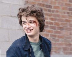 "Don't Screw This One Up - Steve Harrington x Reader Hey Readers, this here is a very fluffy Steve x Reader request! ""it's always been a thought for me to have you be making out with steve and like. Stranger Things Steve, Stranger Things Aesthetic, Stranger Things Netflix, Stranger Things Season, Steve Harrington Stranger Things, Joe Kerry, Pretty People, Love Him, Actors & Actresses"