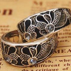 Classy silver & black earrings w/ rhinestones Classy silver & black earrings w/ rhinestone accents Jewelry Earrings