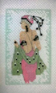 0 point de croix femme art deco - cross stitch lady art deco