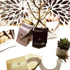 24 k white gold plated bra straps, shipping worldwide. www.brazilianbrastraps.com #brastraps #brastrapshowing #glitzandglamour #glitz #shinyjewelry #shoulderjewelry #bodyjewelry Shoulder Jewelry, Bra Straps, Body Jewelry, Plating, Wings, White Gold, Gift Wrapping, Gift Wrapping Paper, Body Jewellery