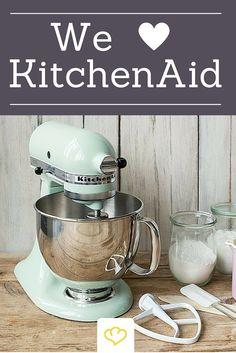 Wir hätten die KitchenAid am liebsten in allen Farben! Wir lieben das coole Retro Design der Kult Marke!
