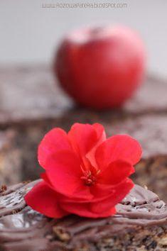 Różowa Patera: Makowiec japoński Fruit, Vegetables, Recipes, Food, Biscuits, Kuchen, Recipies, Essen, Vegetable Recipes