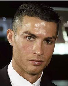 #game #football #2018 #crackovia #elbicho #messi #cristianoronaldo #ronaldo #halamadrid #realmadrid #sergioramos #cr7 #garethbale #jamesrodriguez #benzema #modric #marcelo #iscoalarcon #championsleague #jeserodriguez #danicarvajal #casemiro #lucasvazquez #gvsportscards #panini #whodoyoucollect #portugal #thehobby #collect #iagoaspas Cristiano Ronaldo, Cr7 Ronaldo, James Rodriguez, Gareth Bale, Real Madrid, Lucas Vazquez, Messi, Portugal, Football