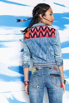 This exotic inspiration combines perfectly with her, her origins are african american, indoamerican and ibicencan. Like this denim jacket done by ethnic print mixed up with embroidery inspired in Miami, India and    Ibiza.