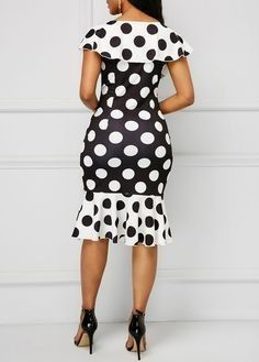 Discounted stunning latest african fashion look. African Fashion Designers, Latest African Fashion Dresses, African Print Dresses, African Print Fashion, African Dress, African Style, Dressy Dresses, Lovely Dresses, Ankara Dress