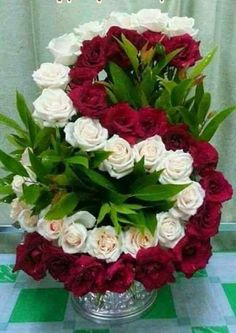 Red Roses with white Roses Creative Flower Arrangements, Large Flower Arrangements, Funeral Flower Arrangements, Funeral Flowers, Arte Floral, Flower Boxes, Ikebana, Floral Bouquets, Beautiful Roses