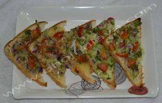 Chilli Cheese Toast Chilli Cheese Toast, Zucchini, Vegetables, Food, Essen, Vegetable Recipes, Meals, Yemek, Veggies