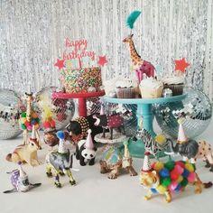 Love birthday – C. Animal Themed Birthday Party, 1st Birthday Party Invitations, Safari Birthday Party, Birthday Love, Animal Party, First Birthday Parties, Birthday Party Decorations, Diy Party Animals, Birthday Animals