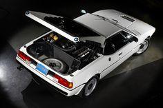Não é serie 3 mas tbm entra - BMW M1