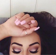 #EyebrowGoals #NailGoals #MakeupGoals