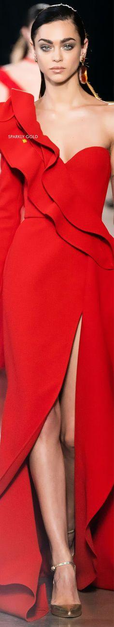 Red Fashion, Autumn Fashion, Fashion Women, Elie Saab Designer, Mode Glamour, Elie Saab Couture, Elie Saab Spring, Ellie Saab, Simply Red
