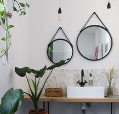 [On aime] Ma salle de bain avant/après - Blueberry home Round Hanging Mirror, Bathrooms Remodel, Bathroom Interior Design, Modern Bathroom Vanity, Bathroom Kids, Mirror, Hanging Mirror, Modern Bathroom Design, Bathroom Mirror
