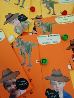 Ideas Para, Arts And Crafts, Poster, Maps, Dinosaurs Preschool, Dinosaur Projects, Prehistory, Note Cards, Classroom
