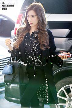 """""""the white balance / Tiffany Girls, Snsd Tiffany, Tiffany Hwang, Sooyoung, Yoona, Snsd Airport Fashion, Kpop Fashion, Korean Fashion, Girls' Generation Tiffany"""