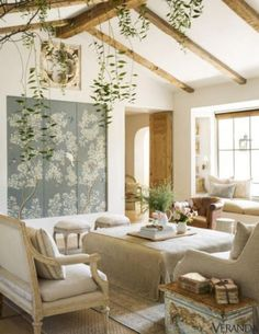 Unusual French Country Living Room Design Ideas