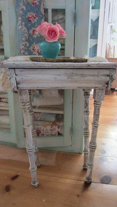Chippy painted vintage shabby chic table cottage chic prairie.