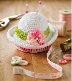 #ClippedOnIssuu de Crochet world 2013 04