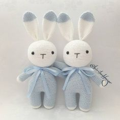Beauty and Things (Amigurumi Knitted Toy) - # Schö . Beauty and Things (Amigurumi Knitted Toy) - Always wanted to learn to knit, none. Crochet Bunny Pattern, Crochet Rabbit, Crochet Teddy, Easter Crochet, Cute Crochet, Crochet Dolls, Knit Crochet, Loom Knitting Patterns, Crochet Animal Patterns