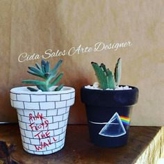 Clay Pot Crafts, Home Crafts, Diy And Crafts, Painted Plant Pots, Painted Flower Pots, Terracotta Paint, Clay Pot People, Diy Canvas Art, Pottery Designs