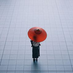 Street Photography of Japan by Takashi Yasui | Abduzeedo Design Inspiration