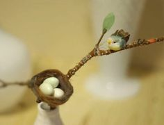How to Make a Spring Centerpiece for the Birds - CraftStylish