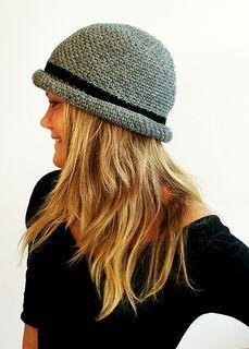 Ravelry: Novi Hat pattern by Lthingies Crochet Adult Hat, Crochet Kids Hats, Crochet Beanie, Crochet Scarves, Knit Crochet, Knitted Mittens Pattern, Knitted Hats, Sombrero A Crochet, Hats For Cancer Patients