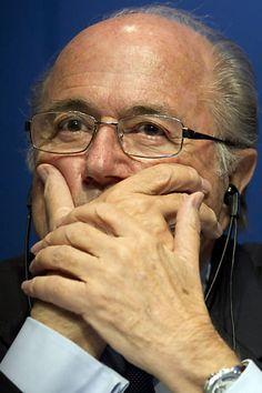Fifa diz que Blatter e 2 ex-dirigentes dividiram mais de R$ 280 milhões - 03/06/2016 - Esporte - Folha de S.Paulo