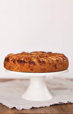 opskrift på æblekage med kanel