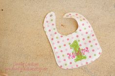 Girls first birthday bib - Pink and green in polka dots - Free personalization