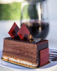 Chocolate alway looks good!