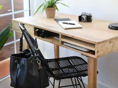 Dröm Living: Especialistas en reformas integrales e Interiorismo en Barcelona Office Desk, Barcelona, Furniture, Home Decor, Renovation, Desk, Interior Design, Restaurants, Yurts