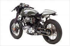 Kawasaki W650 - Deus 'Moto Grigio' - Pipeburn - Purveyors of Classic Motorcycles, Cafe Racers & Custom motorbikes
