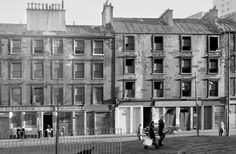 Ok, by popular demand, a first public airing for some b&w photos I took with a Yashica 44 (from Charles Frank in the Saltmarket) in The dest Gorbals Glasgow, The Gorbals, Scotland History, Glasgow Scotland, Hampden Park, Glasgow School Of Art, Best Cities, Great Britain, Old Photos