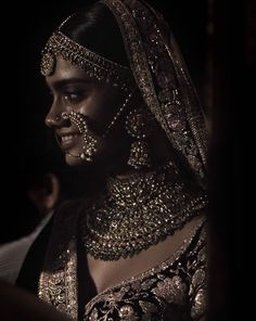 Jewellery Shops Kings Lynn Jewellery Shops At Bluewater Indian Dresses, Indian Outfits, Shalwar Kameez, Churidar, Indian Aesthetic, Brown Aesthetic, Sabyasachi Bride, Indian Photoshoot, Desi Wedding