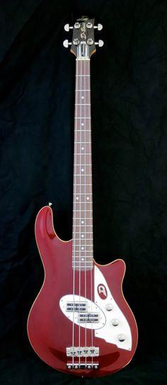 Testipenkissä: Duesenberg D-Bass