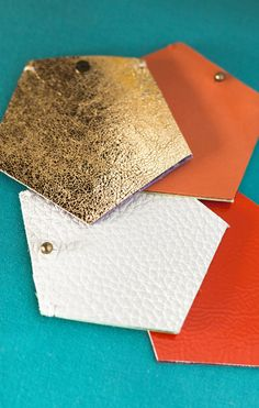 what a color combination - white, gold, orange and turquoise