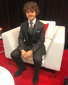 """Gaten Matarazzo (@gatenm123) on Instagram: """"Thank you @cnn @cnnheroes for an incredible evening surrounded by inspiring and brilliant people.…"""""""