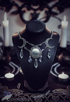 Moonlight gleam - necklace with beautiful glass beads, cryatals and real mirror.