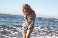 Love big sweaters <3
